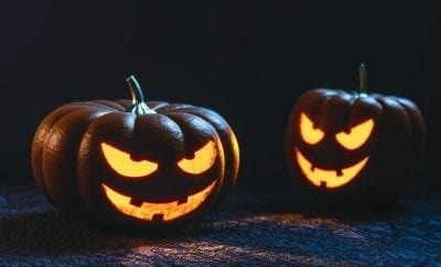 https://www.pexels.com/photo/2-jack-o-lantern-illustration-33139/